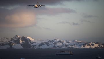 Envol vers l'Antarctique